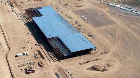 Gigafactory während des Baus im Jahr 2015.