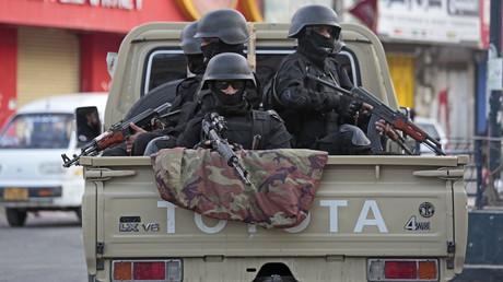 Die Huthi-Rebellen sind die ärgsten Widersacher Al-Kaidas im Jemen (Foto zeigt eine Huthi-Patrouille in der Hauptstadt Sanaa).