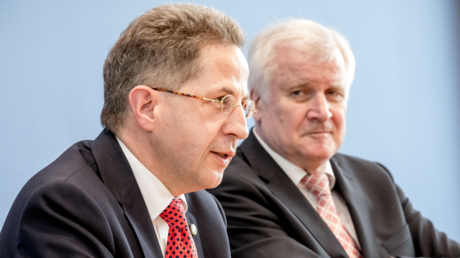 Wusste vom V-Mann: Verfassungsschutzchef Maaßen mit Bundesinnenminister Seehofer bei der Vorstellung des Verfassungsschutzberichts, Juli 2018