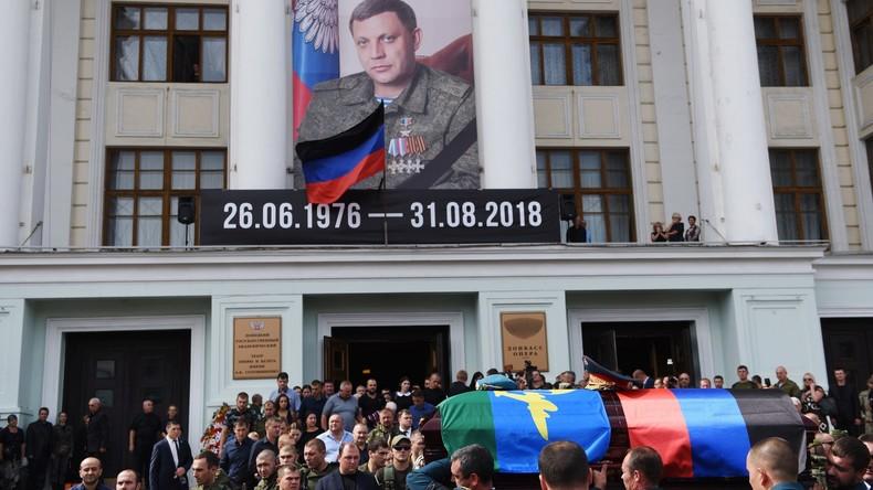 Donezk: Rund 200.000 Menschen geben Alexander Sachartschenko das letzte Geleit