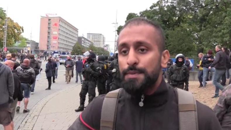 """Youtuber mit Migrationshintergrund in Chemnitz unterwegs: """"Rechter Mob? Mir tut hier keiner was"""""""