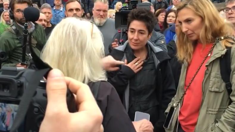Medien in der Glaubwürdigkeitskrise - Chemnitzerin macht ZDF-Gesicht Hayali lautstarke Ansage