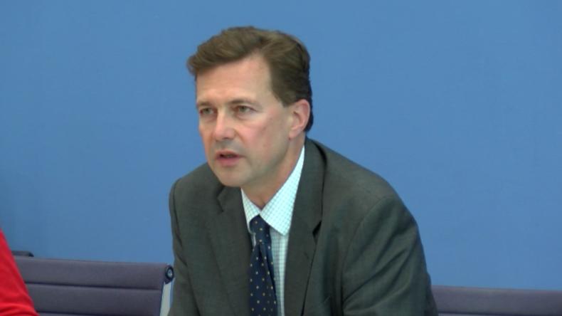 """Blinde Gefolgschaft? Seibert erklärt """"volles Vertrauen in britische Skripal-Untersuchungsergebnisse"""""""