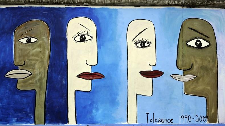 Promotion der Diversität: Französische Kunstschule verdunkelt Gesichter von Studenten für US-Werbung