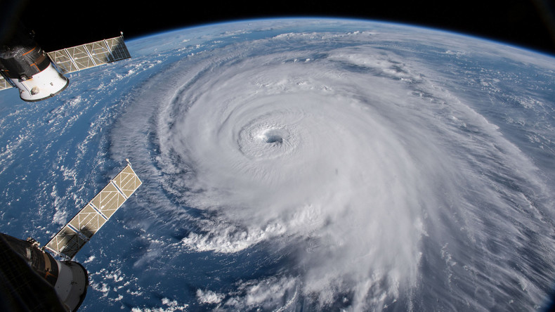 """Hurrikan """"Florence"""" wird schwächer - Dennoch Warnung vor Lebensgefahr"""