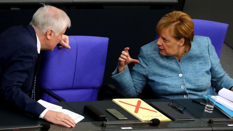 Umfrage-Klatsche für Merkel und Seehofer: Union fällt im ZDF-Politbarometer auf Rekordtief