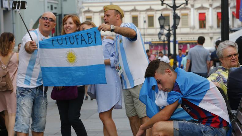 Missachtung von Frauen und Moslems: Strafe für Argentinier wegen obszönem Verhalten bei Fußball-WM
