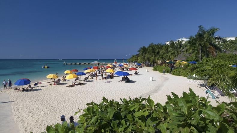 Jamaika verbietet Plastikprodukte und Styropor-Verpackungen