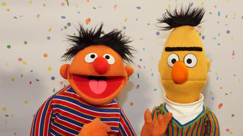 """Offenbarung des Autors: Ernie und Bert aus der """"Sesamstraße"""" sind Liebespaar"""