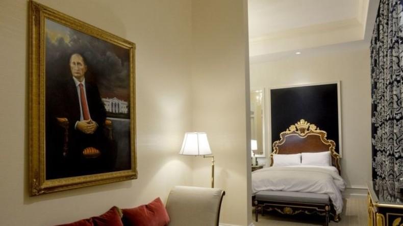 Aufmerksamkeits-Check: Putins Porträt hängt einen Monat lang in Trumps Hotel – und niemand merkt es