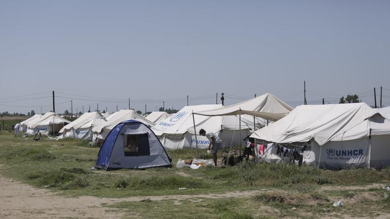 Nach massiven Protesten: Athen bringt Flüchtlinge von Inseln aufs Festland