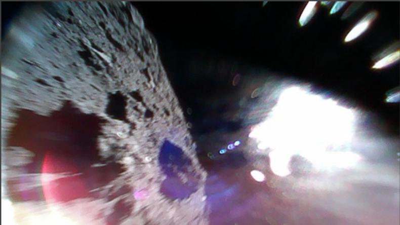 """""""Hüpfender Japan Rover"""" sendet sensationelle Bilder von """"Ryugu-Asteroiden"""""""