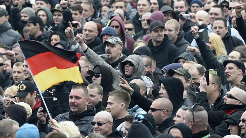 Nach Neonazi-Marsch in Dortmund: SPD fordert Stellungnahme von Polizei und Landesinnenminister