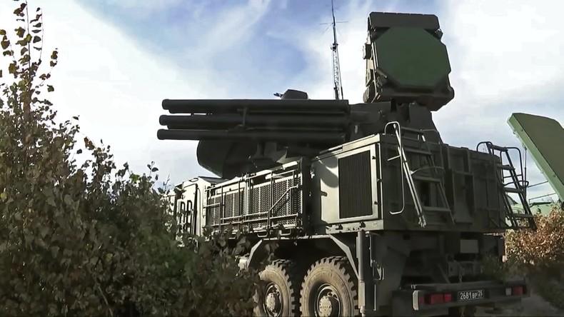 Luftabwehr-Großübung begonnen: Etwa 100 Flugzeuge von sieben GUS-Staaten beteiligt