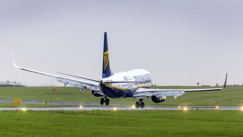 Dublin: Mann will noch seinen Flieger erreichen - dann wird es richtig skurril