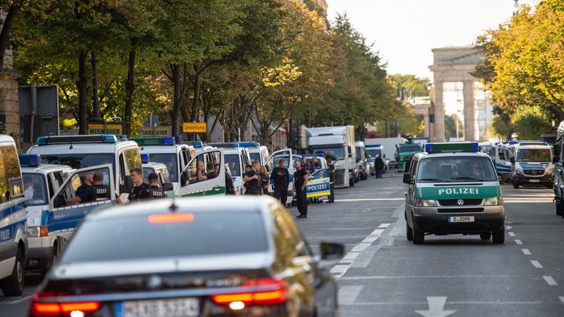 Höchste Sicherheitsstufe in Berlin wegen Erdoğan: Aufregung  um verschwundenen Streifenwagen