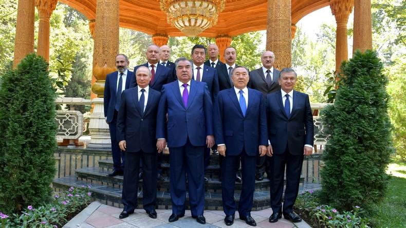 Putin: GUS-Binnenhandel trotz schlechter globaler politischer Konjunktur um 15 Prozent gewachsen