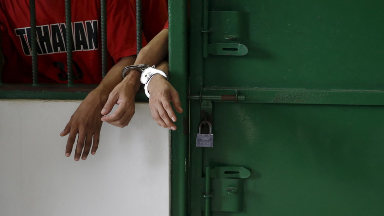 Hunderte Häftlinge brechen nach Erdbeben in Indonesien aus