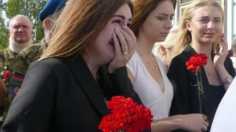 Bewohner von Donezk trauern um den am 31. August ermordeten Chef der nicht anerkannten Volksrepublik Alexander Sachartschenko.
