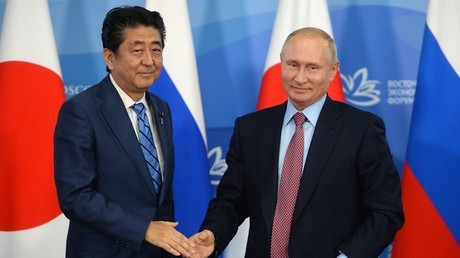 Shinzō Abe und Wladimir Putin am 10. September 2018