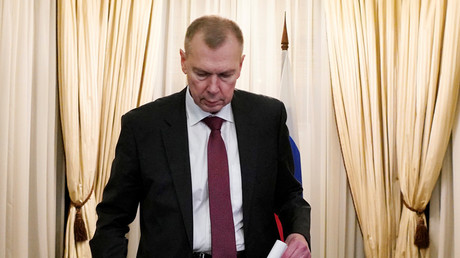Russlands OPCW-Vertreter Alexander Schulgin.