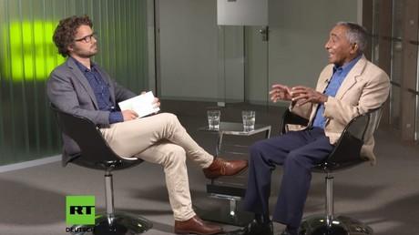 Der erste kubanische Kosmonaut und erste Afroamerikaner im All im Gespräch mit RT Redakteur Florian Warweg.