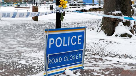 Die Polizei sperrte den Park in Salisbury ab, wo Sergej und Julia Skripal am 4. März bewusstlos aufgefunden worden waren.