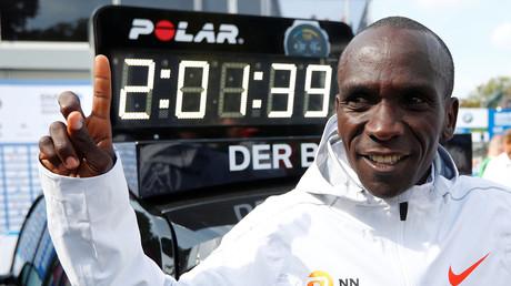 Kenianer Eliud Kipchoge gewinnt Berlin-Marathon mit Fabel-Weltrekord