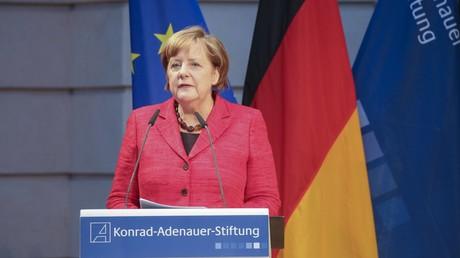 Symbolbild - Bundeskanzlerin Angela Merkel beim Festakt und Ausstellungseröffnung
