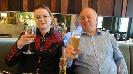 Julia und Sergej Skripal im Restaurant
