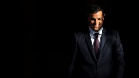 Vom Lächeln, das aus dem Nichts kam, zum Nichts, das aus dem Lächeln kommt – der spanische Ministerpräsident Pedro Sánchez.