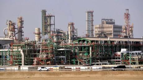Eine Erdölraffinerie in Katar (Archivbild).