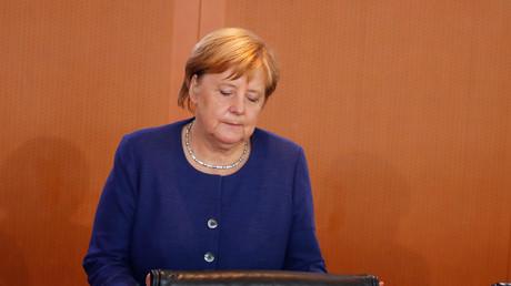 Merkel bei der Kabinettssitzung am Mittwoch, dem Tag nach der Abwahl Volker Kauders