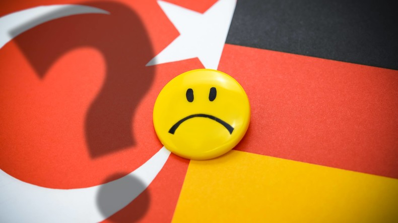 """""""Naivität der deutschen Behörden macht sprachlos"""": Interview mit Dr. Erik Lehnert"""