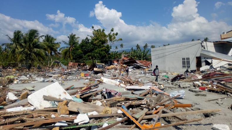 Mehr als 1.400 Tote bei Tsunami-Katastrophe in Indonesien
