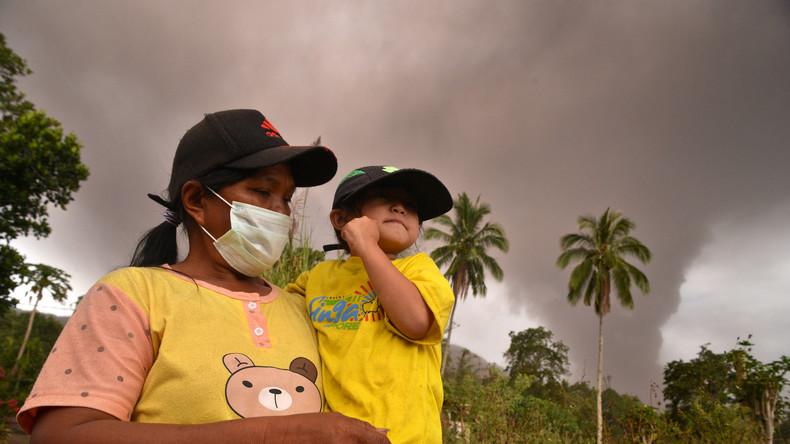 Tage nach tödlichem Tsunami: Vulkanausbruch in Indonesien (Bilder, Video)