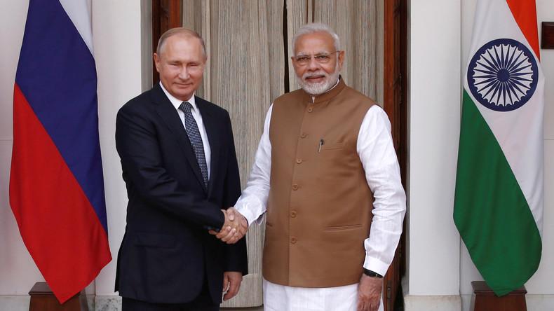 Russland und Indien unterzeichnen Vertrag über Lieferung von fünf S-400-Systemen