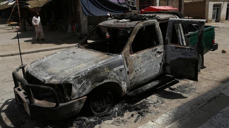 Taliban stürmen Regierungsgebäude: Mindestens sechs Tote
