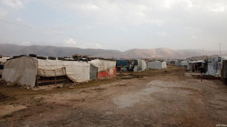 Damit sie nicht rüberkommen: NGO der Identitären Bewegung bezahlt Flüchtlinge im Libanon