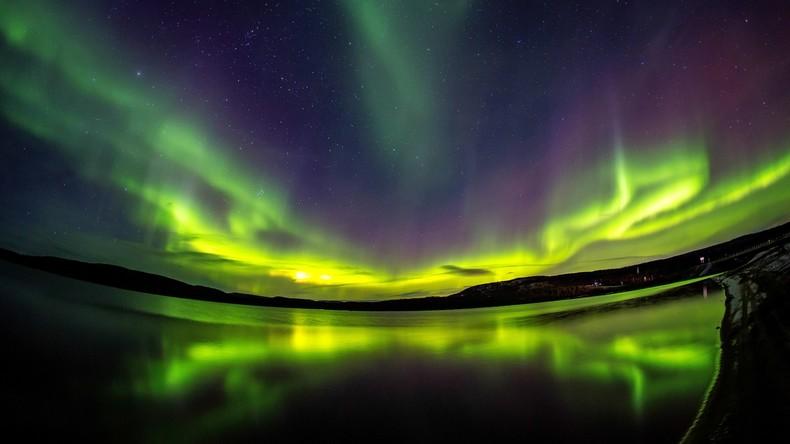 Sewernoe sijanie: Polarlichter in der russischen Region Murmansk