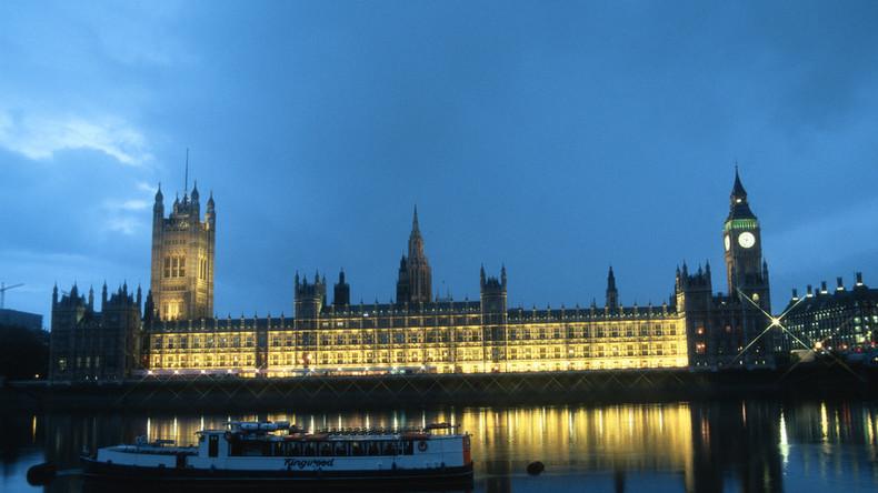 """Beschwerde von Reinigungskräften im britischen Parlament: """"Sperma und Kotze in Abgeordnetenbüros"""""""