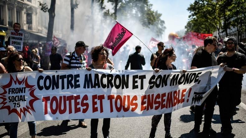LIVE: Proteste in Paris gegen Macrons Regierungspolitik und Sozialabbau