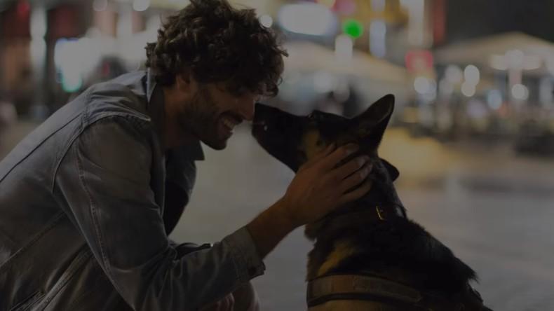 Sehbehinderter mit Blindenhund in Marseille gewaltsam aus Supermarkt geworfen (Video)