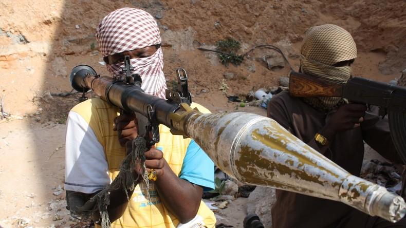 Al-Shabaab-Kämpfer richten Briten und drei US-Bürger wegen angeblicher Spionage hin