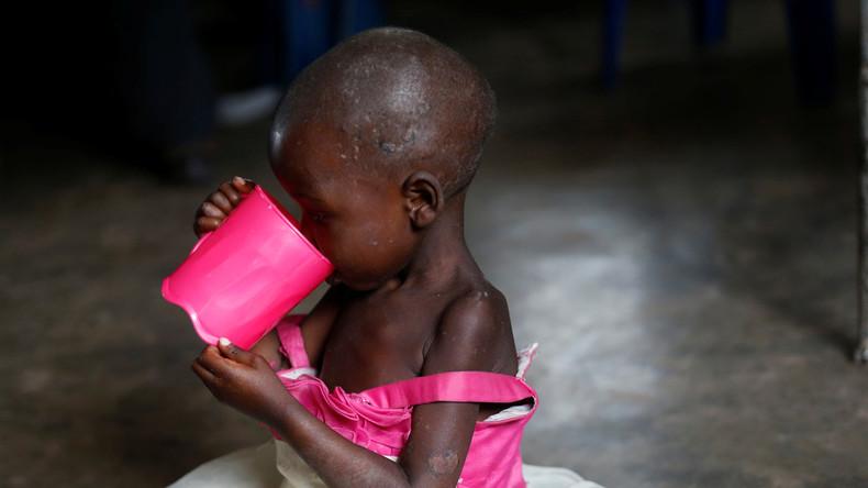Lee Camp: Ein Mann könnte den Welthunger beenden – wird er aber nicht machen