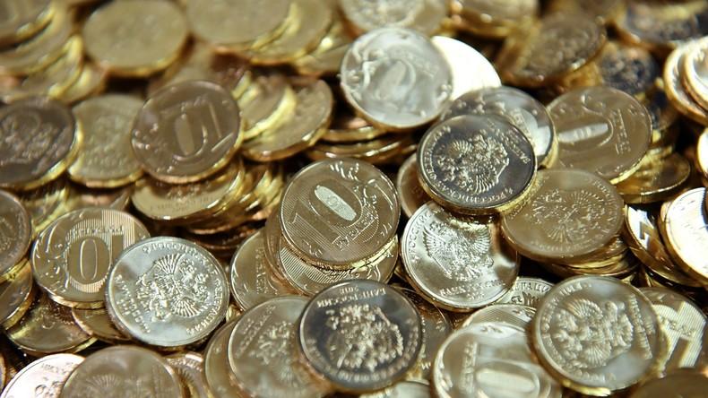 Schwere Lohntüte: Ärztin erhält Großteil ihres Gehalt in kleinen Münzen mit 35 Kilogramm