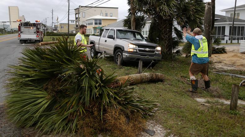 "Hurrikan ""Michael"": Rettungsteams durchkämmen Florida"