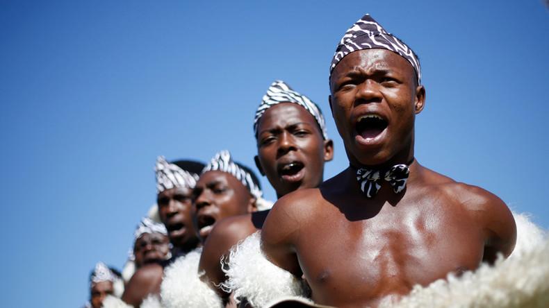 Südafrikas Zulu schließen sich weißen Farmern im Kampf gegen Beschlagnahmung von Land an