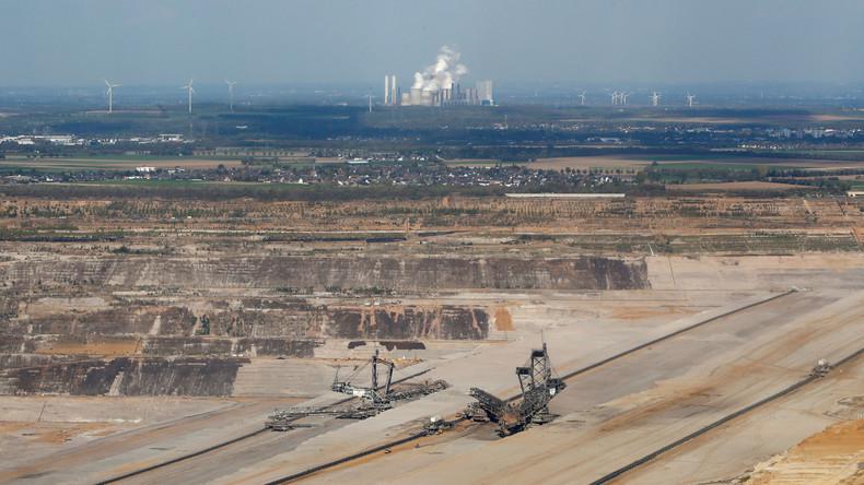 RWE bereitet sich nach Rodungsstopp auf Stellenabbau vor