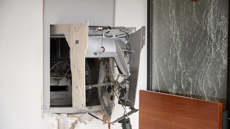 Polizei schießt in Germering auf flüchtenden Geldautomaten-Sprenger